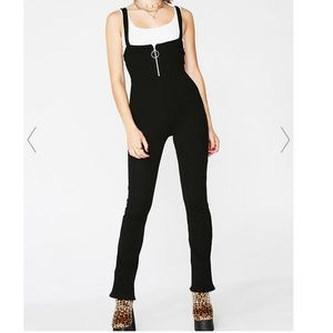 NWOT Stretchy Suspended jumpsuit.